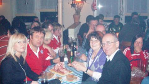 Fanclubbesuch in Seehaus mit Christbaumversteigerung