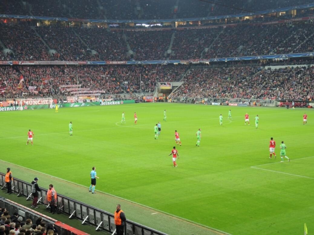 FC BAYERN  –  PSV Eindhoven
