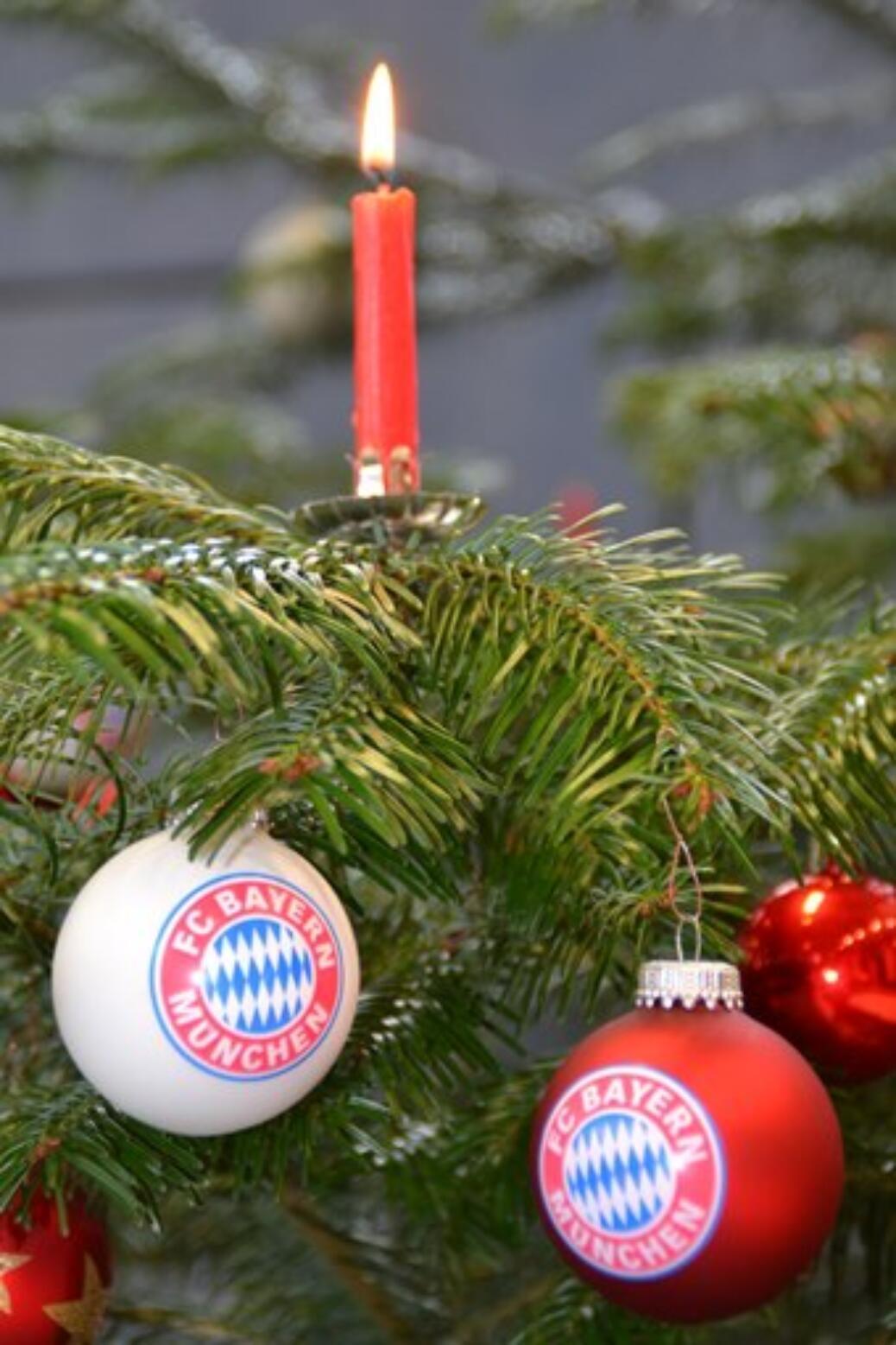 Fc Bayern Wünscht Frohe Weihnachten.Frohe Weihnachten Und Ein Glückliches Neues Jahr 2016 Fc Bayern