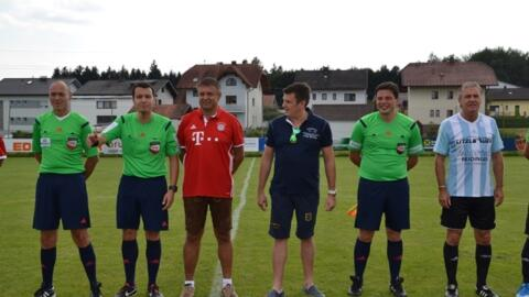 Promi Spiel gegen Fanclub Auswahl