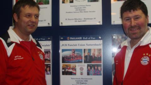 """Aufnahme in die """"Hall of Fan…"""" im Paulaner Restaurant in der Allianz-Arena"""