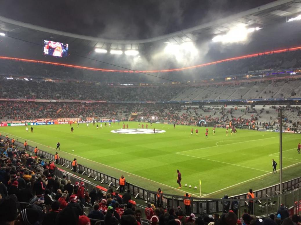 FC BAYERN  vs  Atletico Madrid