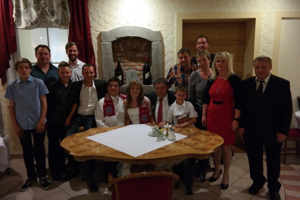 Hochzeit von Fanclub-Mitglied Humberger Fabian und Michaela