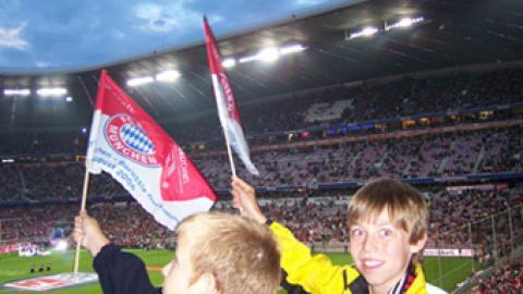 FCB – BvB Borussia Dortmund 2:0;  erster Sieg in der neuen Saison