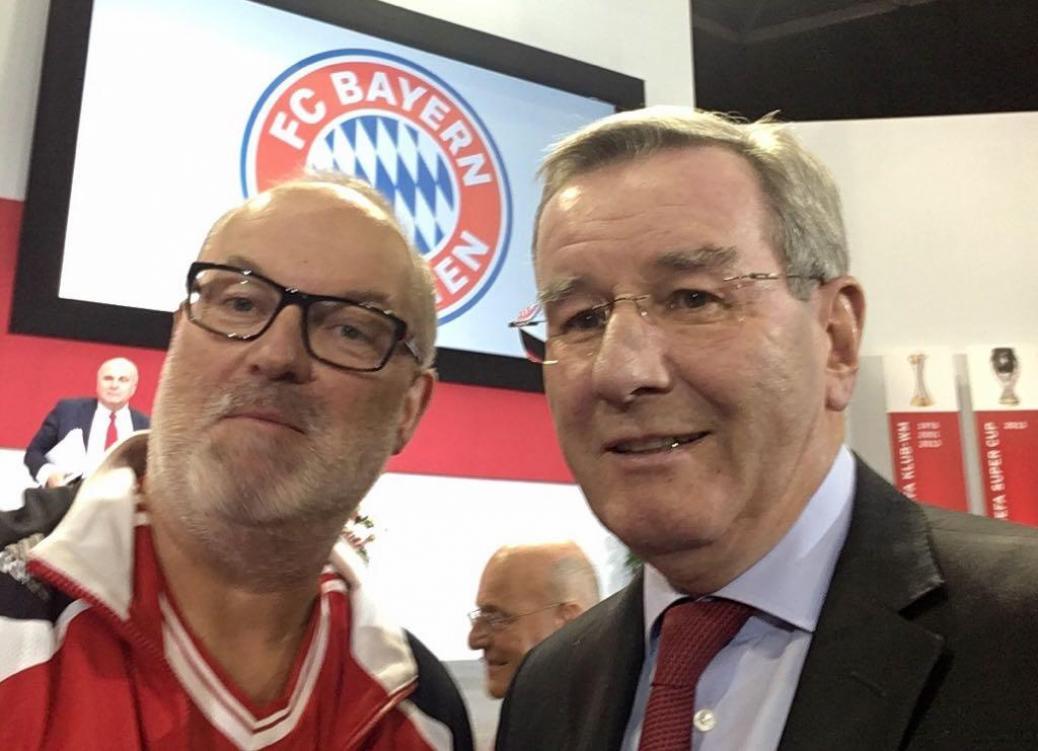 FC Bayern Jahreshauptversammlung
