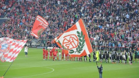 FC BAYERN  vs  Bor. M`gladbach