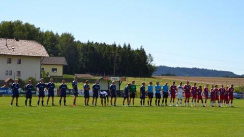 Fussball Legenden  vs.  Fanclub Auswahl