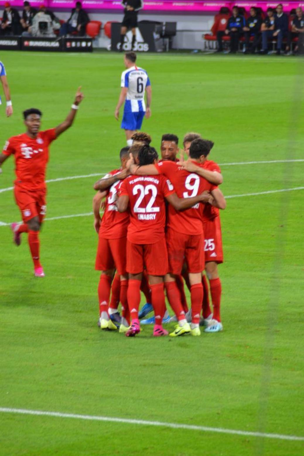 FC BAYERN  vs  Hertha BSC