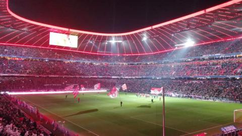 FC BAYERN  vs  Bayer Leverkusen 04